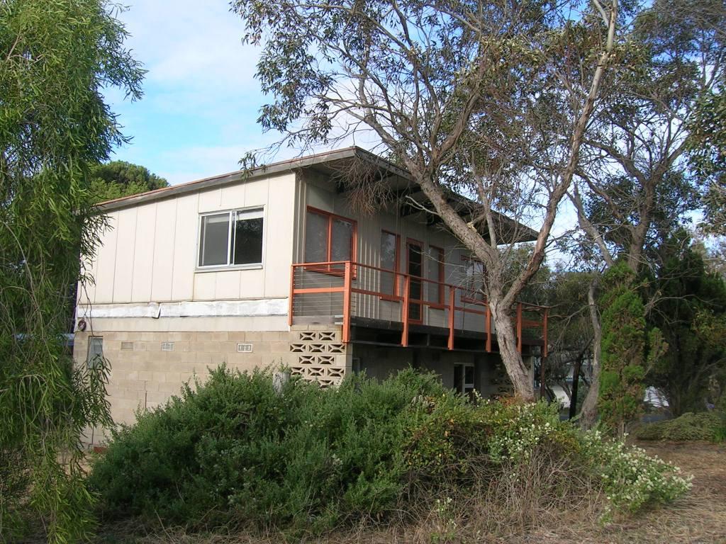 2014 - shack and antarctic 038