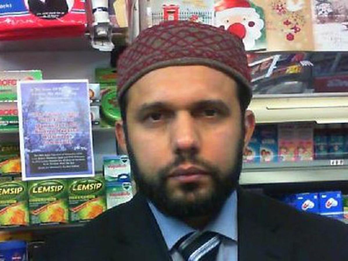 muslim-shopkeeper