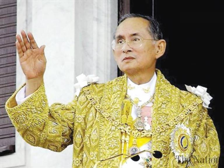 ailing-thai-king-treated-for-water-on-brain-1463855403-6031